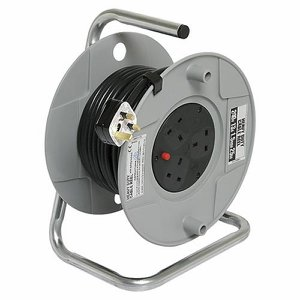 25m (82ft) Heavy Duty Cable Reel with safety cut-...